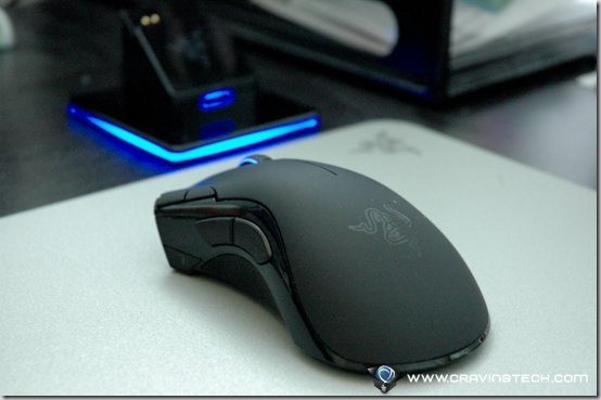Razer Mamba 4G Review - mouse on pad