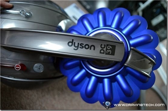Dyson DC39 canister