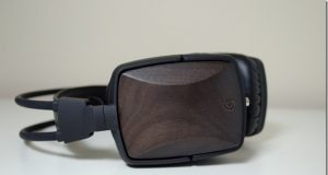 Griffin-WoodTones-headphone-4.jpg