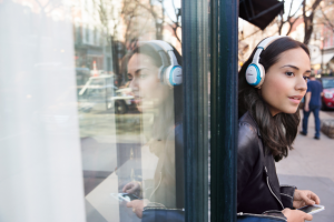 Bose releases their first on-ear Bluetooth headphone