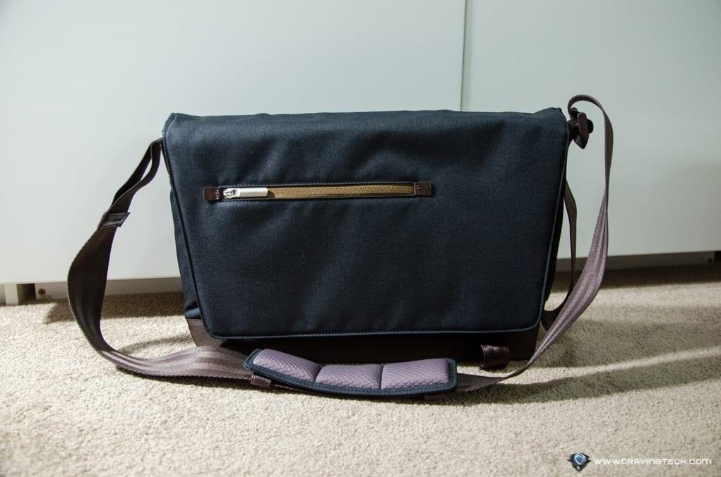 Moshi Aerio Messenger Bag-13