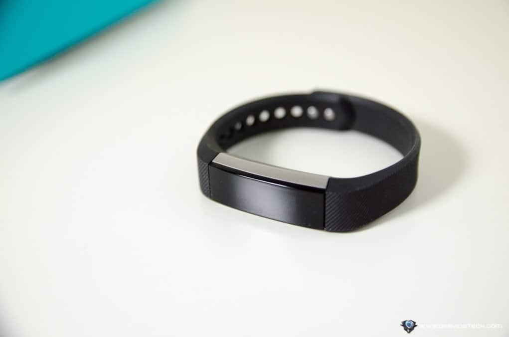 Fitbit Alta-5