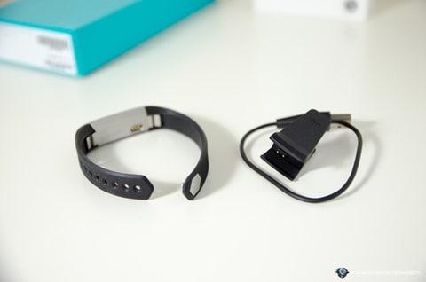 Fitbit Alta-7