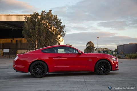 Ford Mustang 2016-8