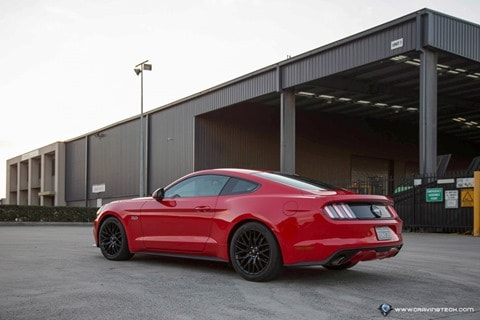 Ford Mustang 2016-9