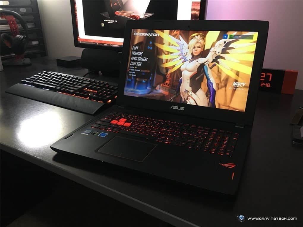 Overwatch on ASUS Gaming Laptop