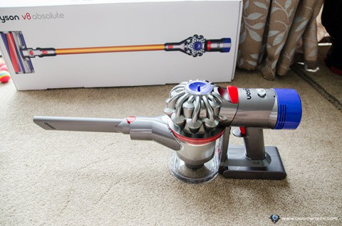 Dyson V8 Absolute-13