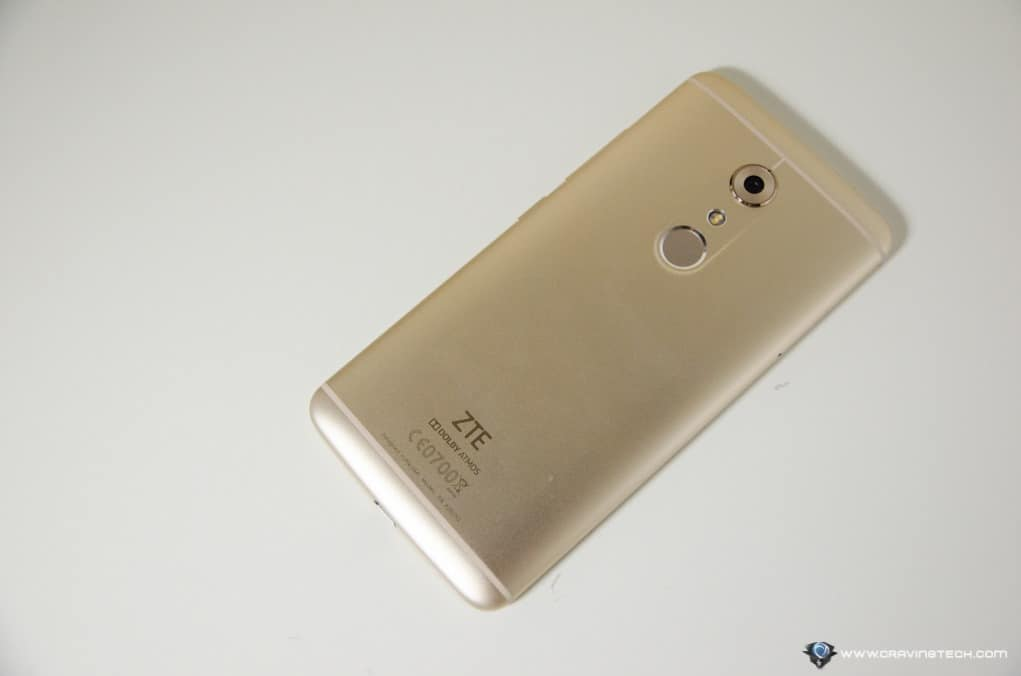 An Affordable Flagship Android Phone? - ZTE AXON 7 Review