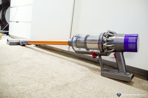 Dyson Cyclone V10 Absolute Review-11