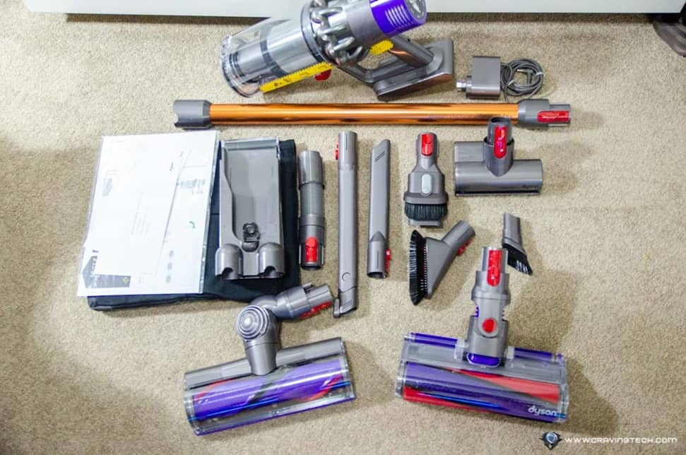 Dyson Cyclone V10 Absolute Review-3