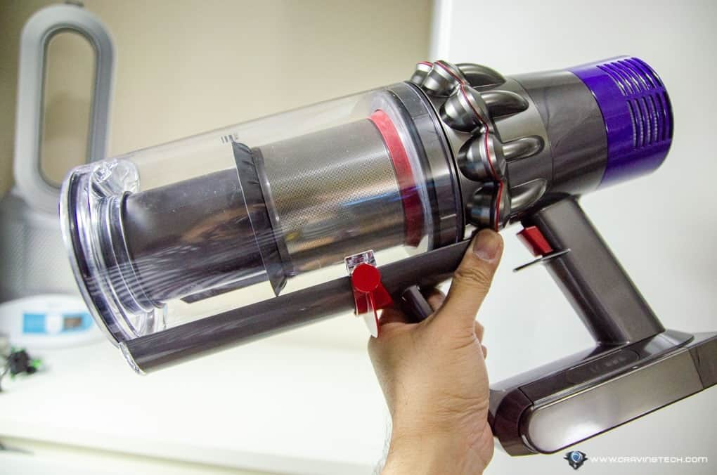 dyson v10 review saying goodbye to corded vacuum cleaners. Black Bedroom Furniture Sets. Home Design Ideas
