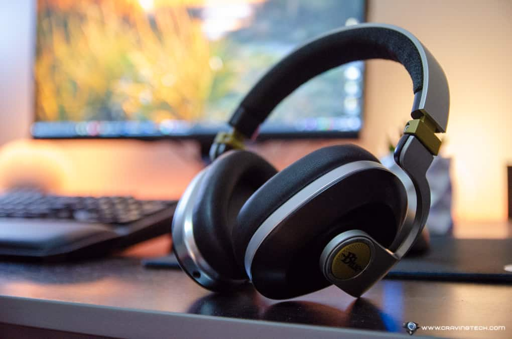 Noise-cancelling, wireless Headphones with built-in audiophile amp – Blue Satellite Review