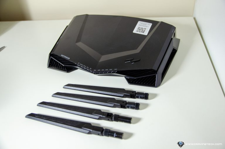 NETGEAR Nigthhawk Pro XR500 Gaming Router Packaging