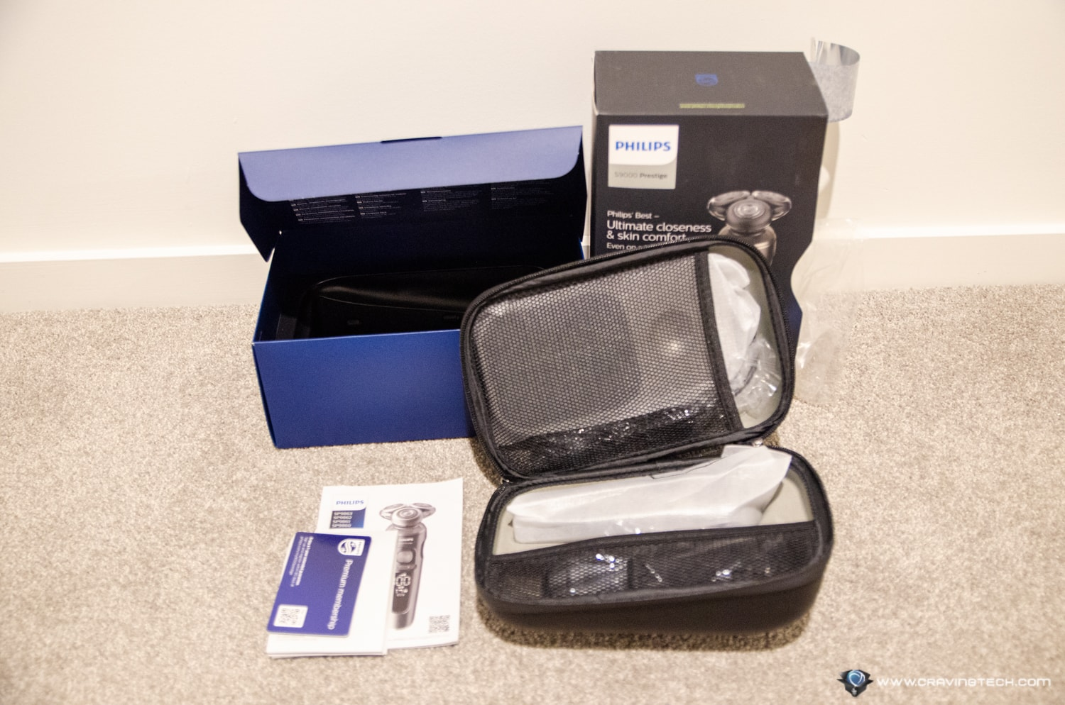 Philips S9000 Prestige Shaver Packaging