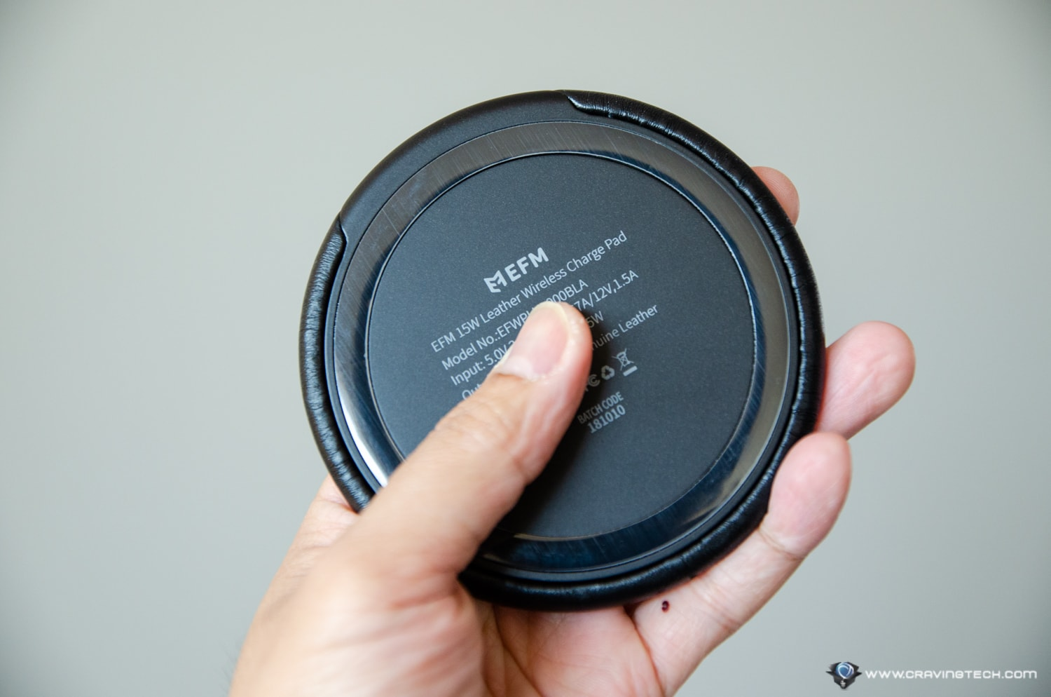 EFM Leather Wireless Charger-4
