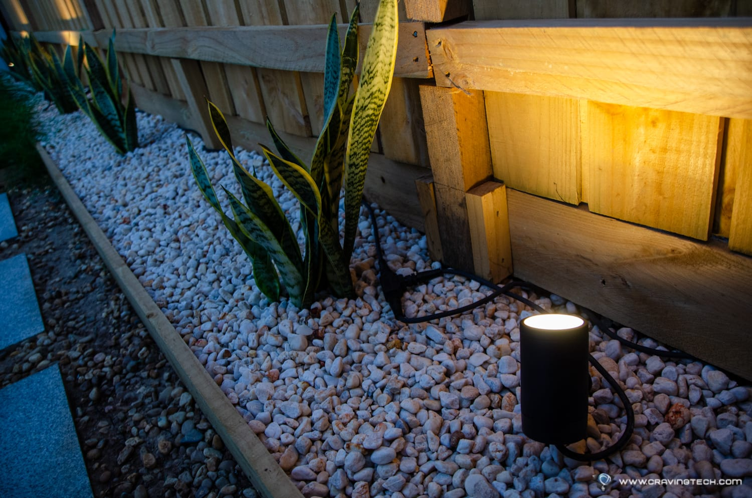 Philips Hue Outdoor Lily Spotlight-15