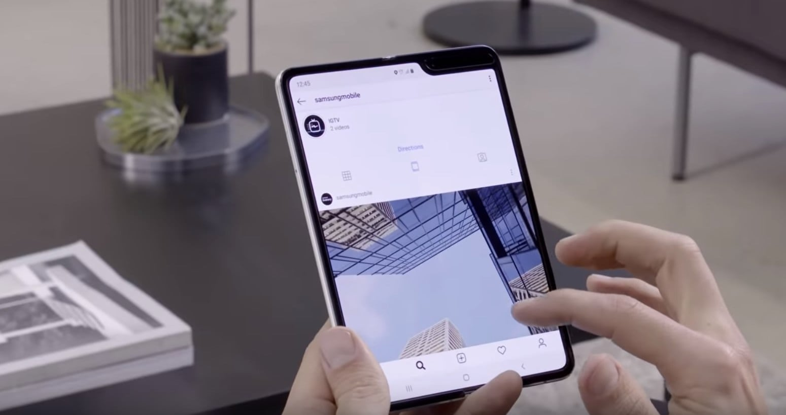 Samsung Galaxy Fold's new video shows satisfying clicks and clacks