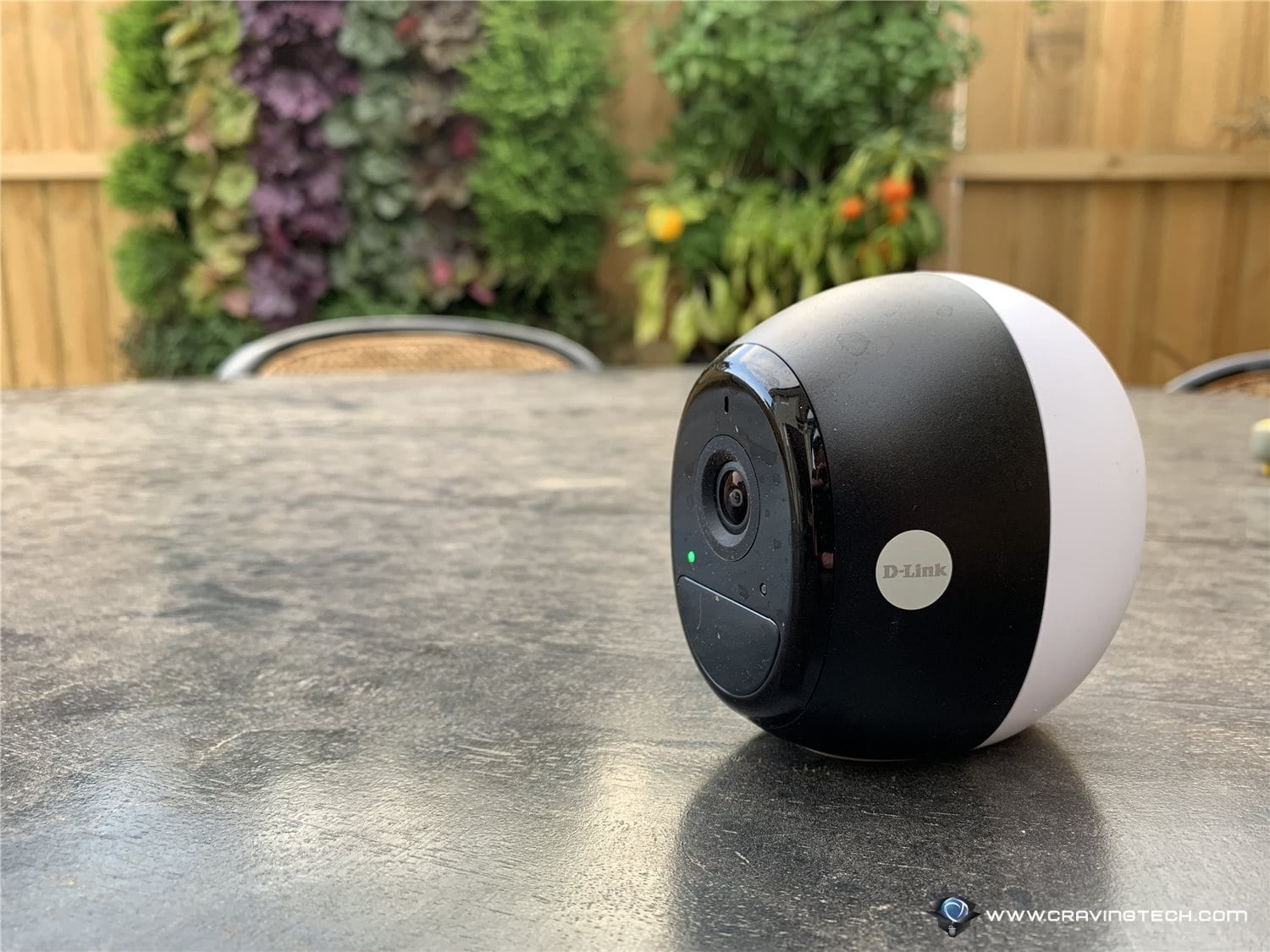 Wireless Security Cam with amazing battery life – D-Link OMNA Wire-Free Indoor/Outdoor Camera Kit Review