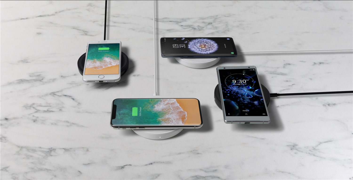 Charge your phone with Belkin BOOSTUP Wireless Charging Pad 5W