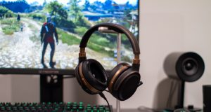 Audeze Mobius Review - The Witcher 3