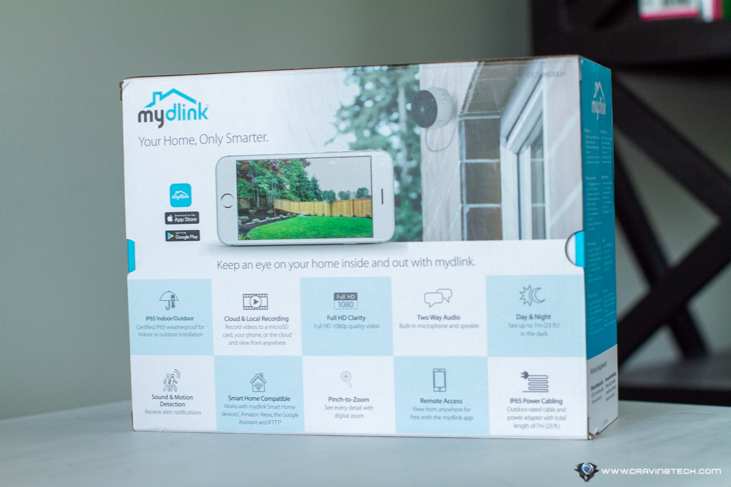 D-Link DCS-8600LH Full HD Outdoor Wi-Fi camera packaging