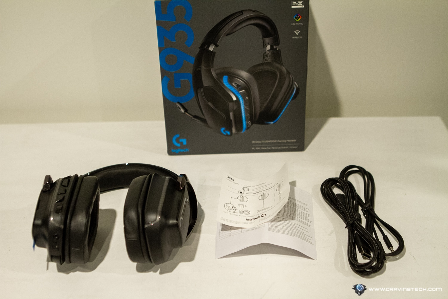 Logitech G935 Gaming Headset Packaging