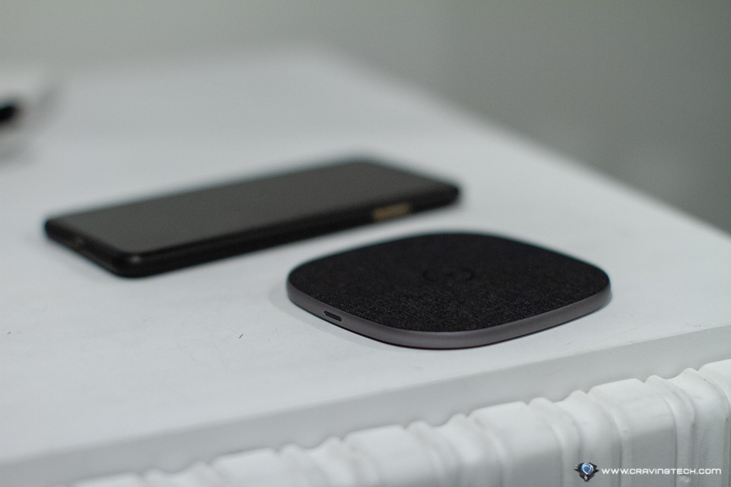 Totallee-Wireless-Charger Review