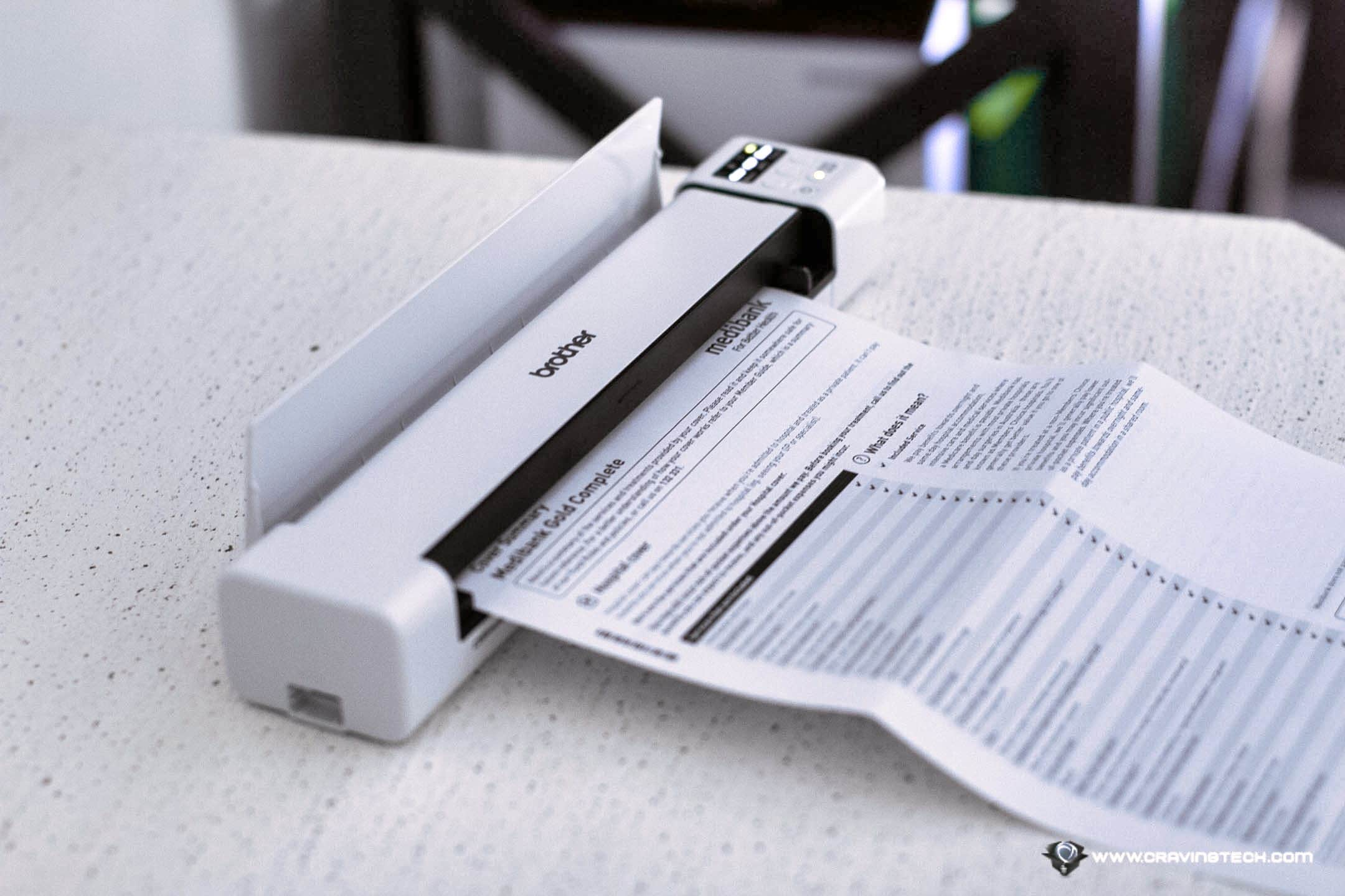This portable scanner comes with auto Duplex scanning! Brother Portable Document Scanner DS-940DW Review