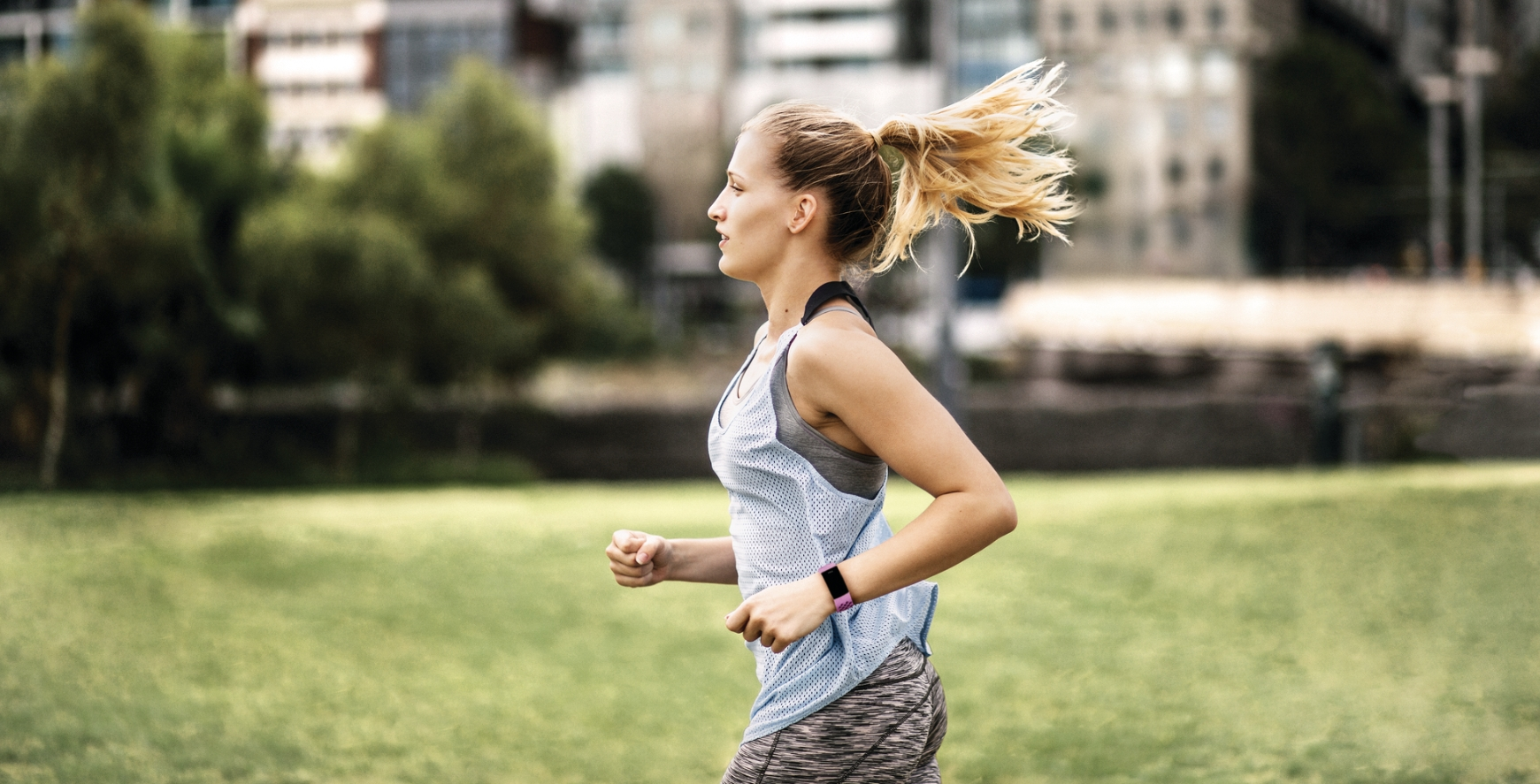 Fitbit's best tracker now comes with built-in GPS! Fitbit Charge 4 Review
