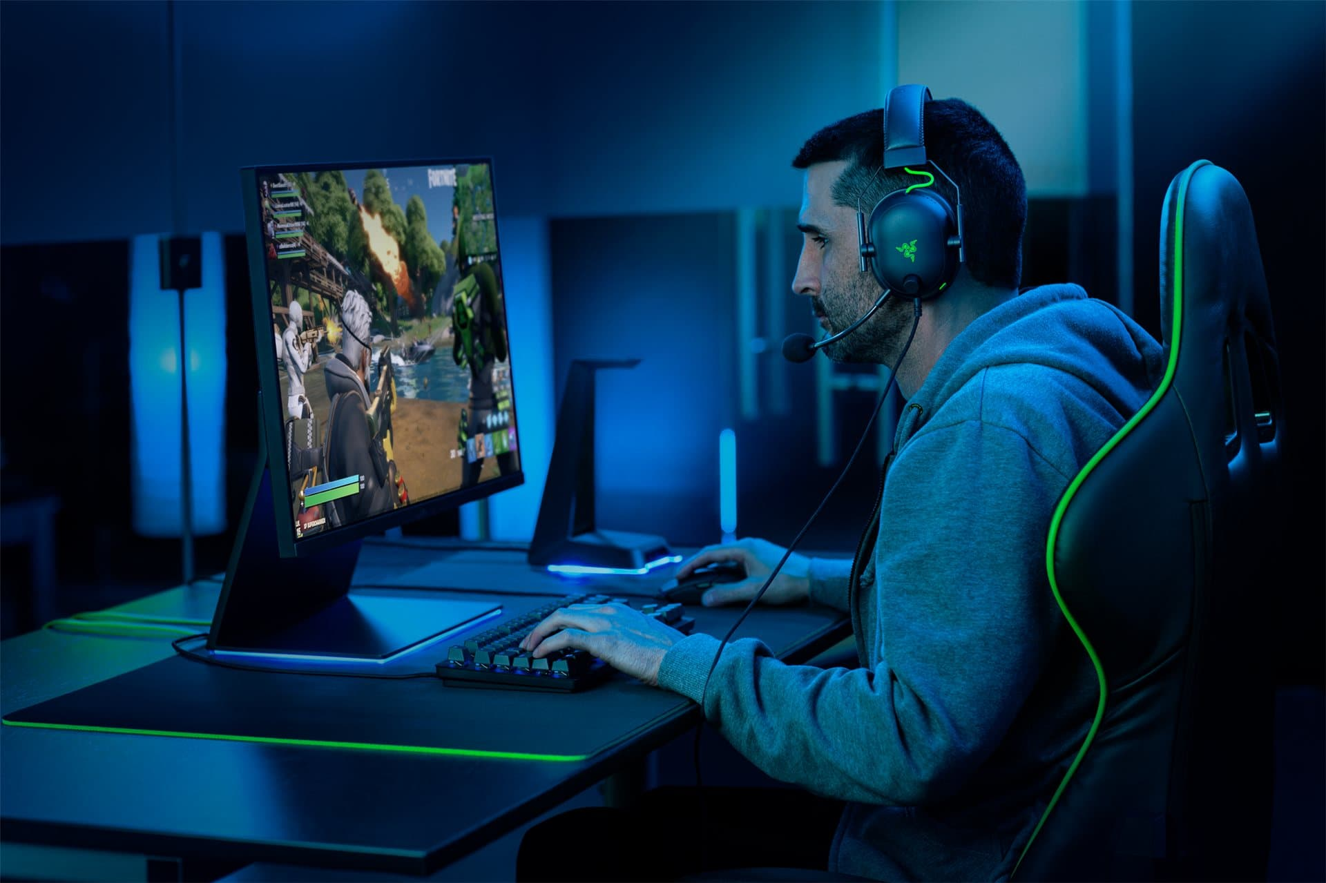 Razer releases a new esports headset, the BlackShark V2