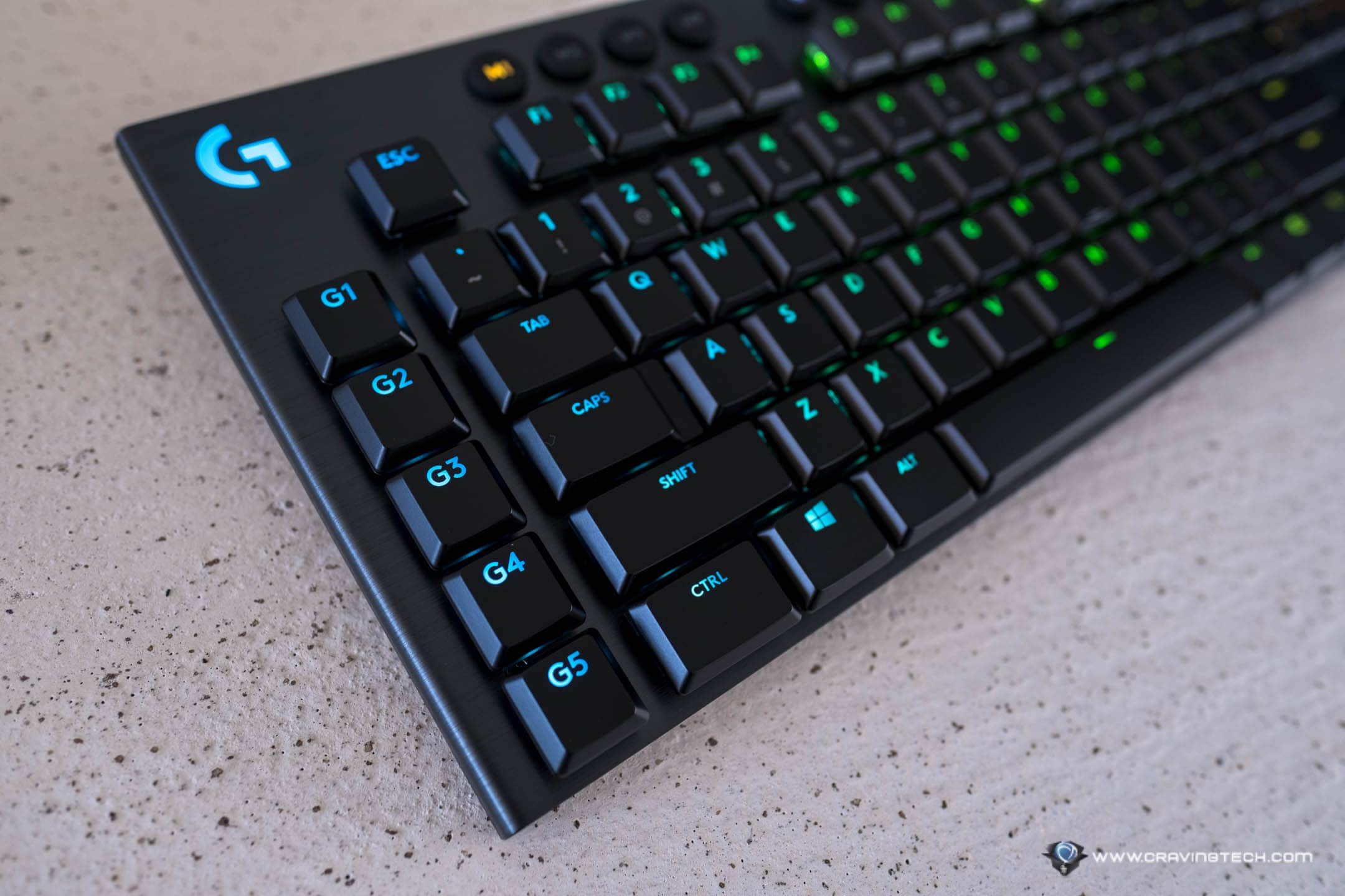 My first experience with a wireless, mechanical gaming keyboard from Logitech
