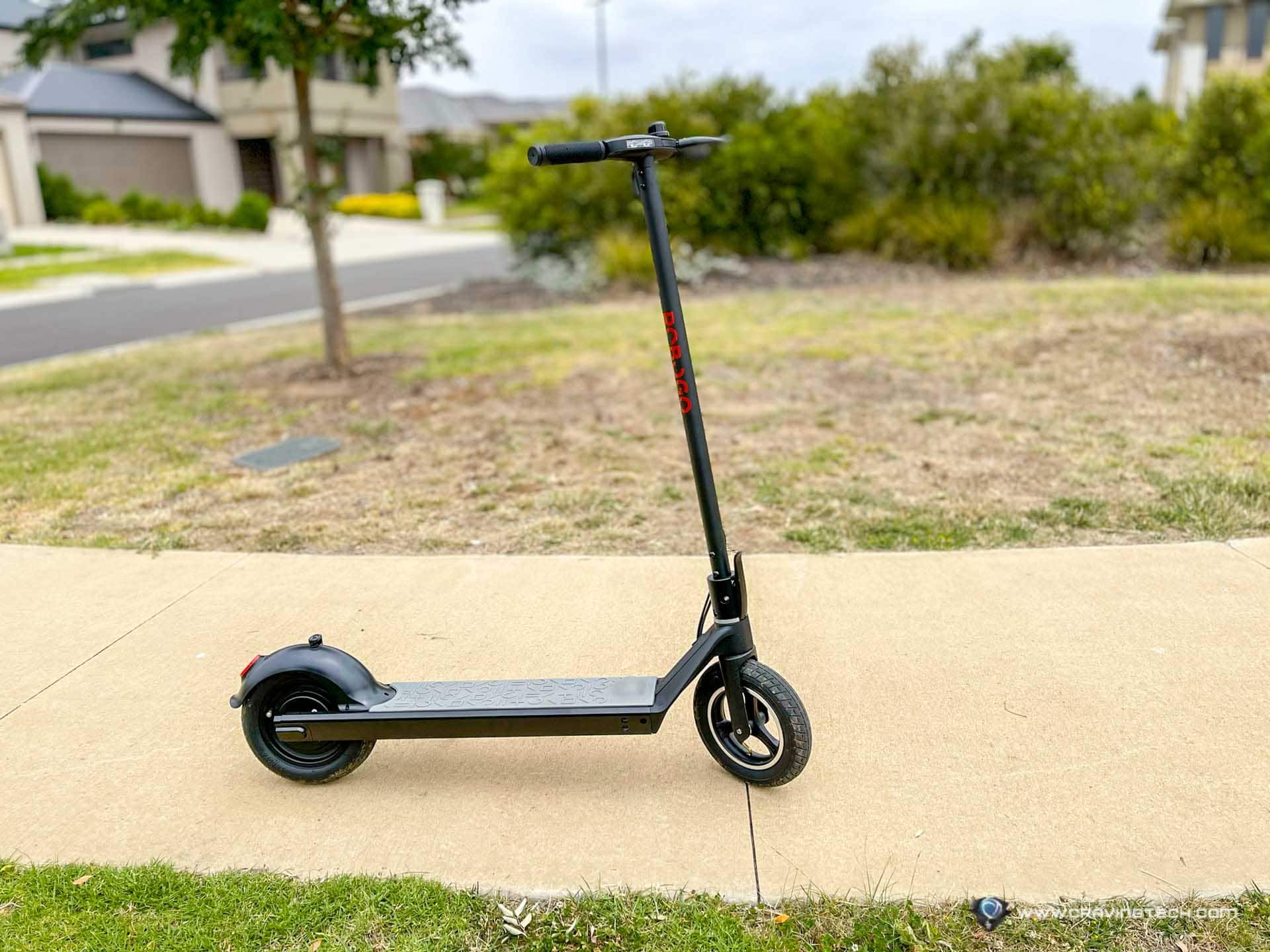 This electric scooter drives like a Tesla car – ROBOGO Rapid Review