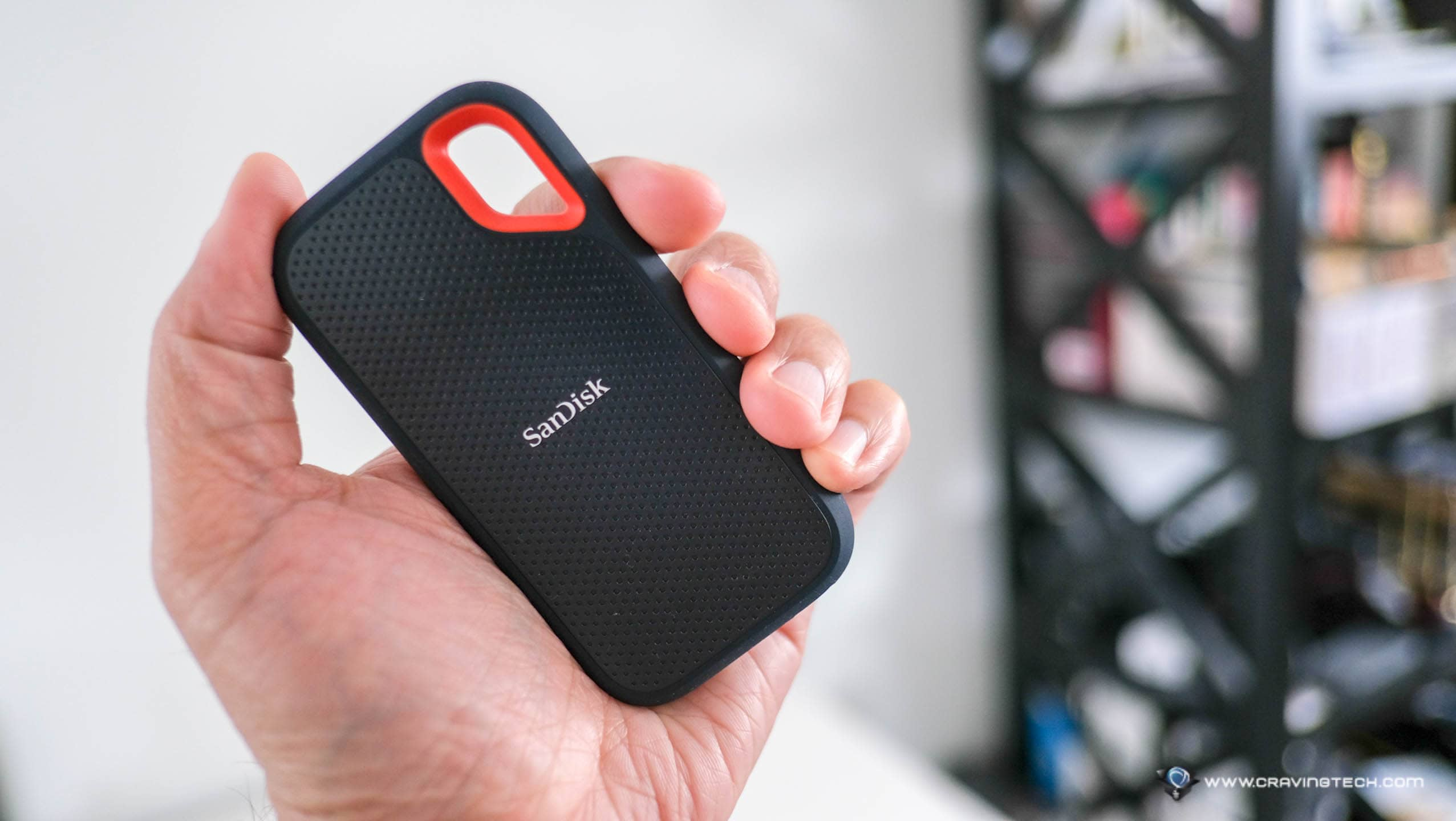 A slim, portable drive with impact & shock resistant + IP55 rating – SanDisk Extreme Portable SSD V2 Review