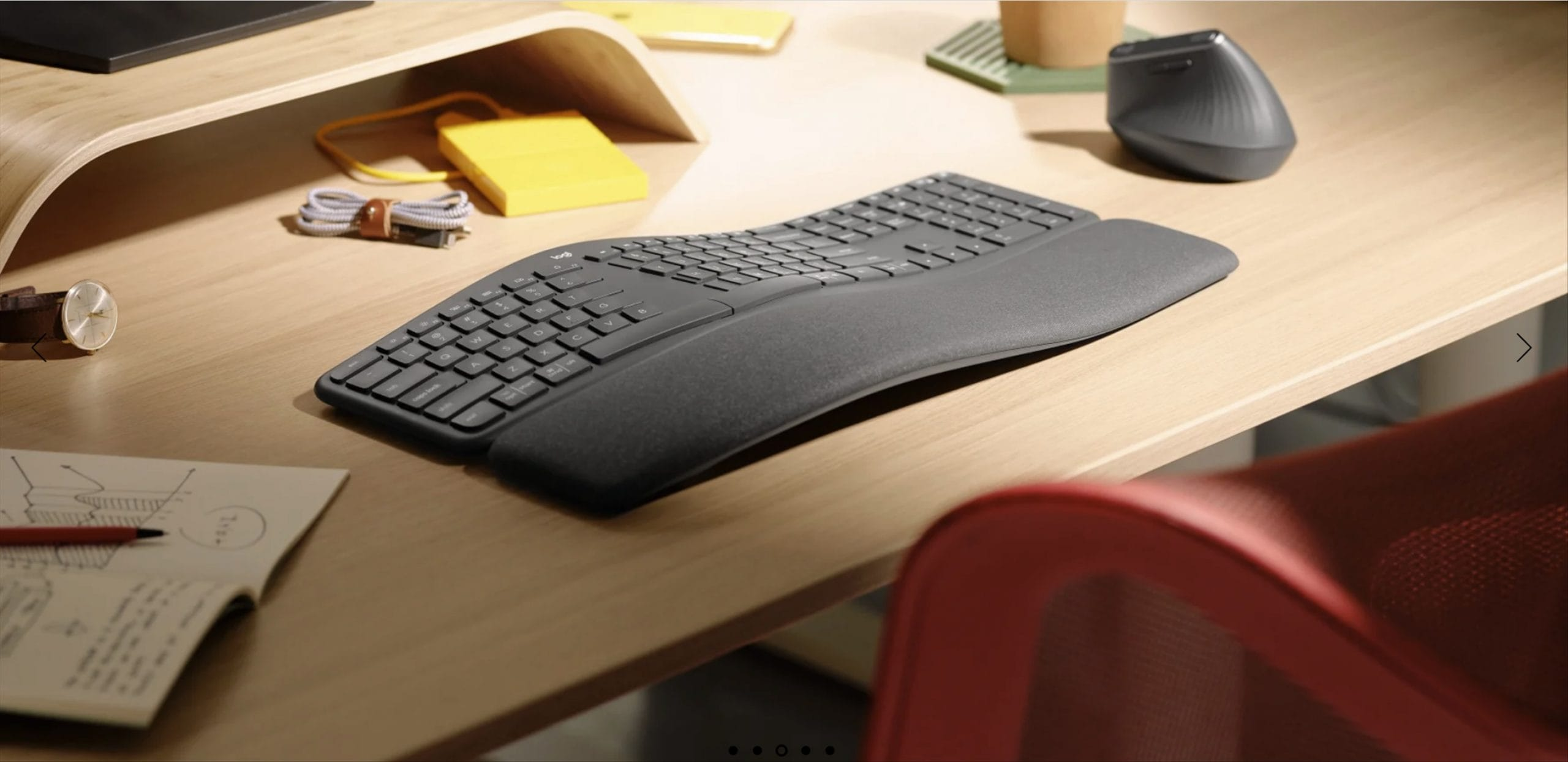 This Ergonomic keyboard supports working with a standing desk