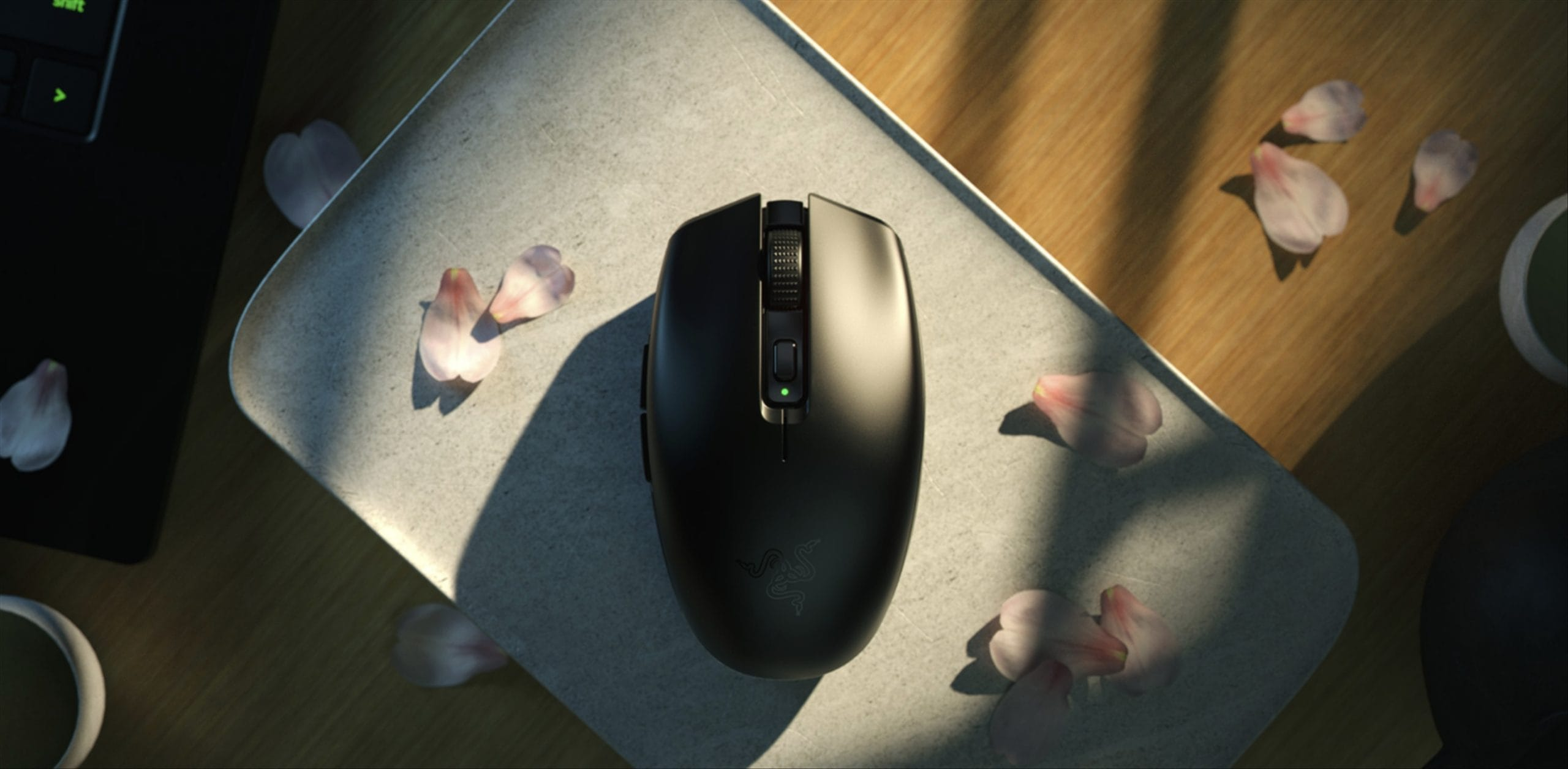 Razer releases a new wireless gaming mouse with 900 hours of battery life